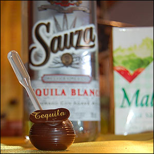 Chocolate con tequila (foto no libre)