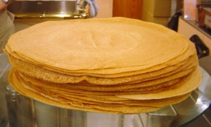 http://commons.wikimedia.org/wiki/Image:Crepes_dsc07085.jpg
