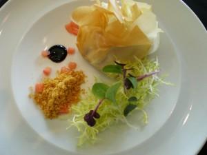 Ensalada crujiente y templada de queso de cabra